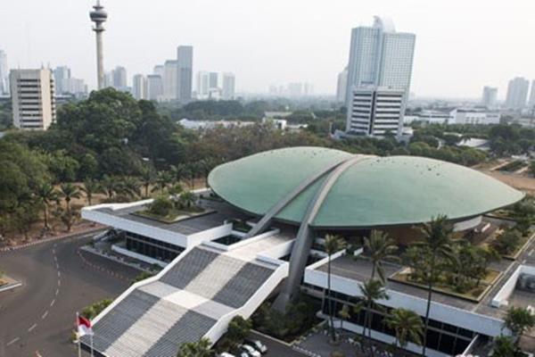 Ilustrasi-Gedung DPR di Senayan, Jakarta - Antara