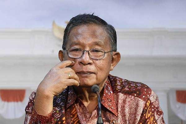 Darmin Nasution, saat menjabat sebagai Menteri Koordinator Perekonomian, Jumat (16/11/2018). - ANTARA/Puspa Perwitasari