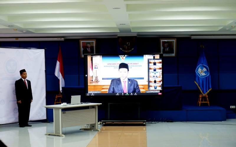 Mendikbud Nadiem Makarim melantik R. Purwanto Subroto, Ph.D. sebagai Sekretaris Lembaga Layanan Pendidikan Tinggi Wilayah III Provinsi DKI Jakarta. - Istimewa