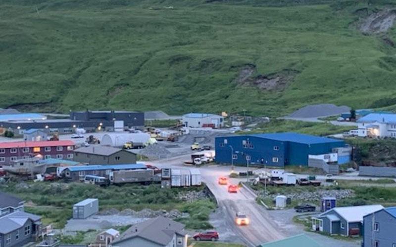 Warga Alaska mulai bergerak menuju lokasi yang lebih tinggi untuk menghindari tsunami selepas gempa dahsyat berkekuatan 7,8 skala Richter mengguncang negarta bagian Amerika Serikat di sebelah utara Kanada itu pada Rabu (22/7/2020) pk. 13.12 WIB. - Alaska Public Media
