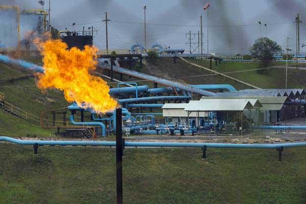 Fasilitas minyak PT Chevron Pacific Indonesia di daerah Minas yang masuk dalam Blok Rokan di Riau, Rabu (1/8/2018). - ANTARA/FB Anggoro