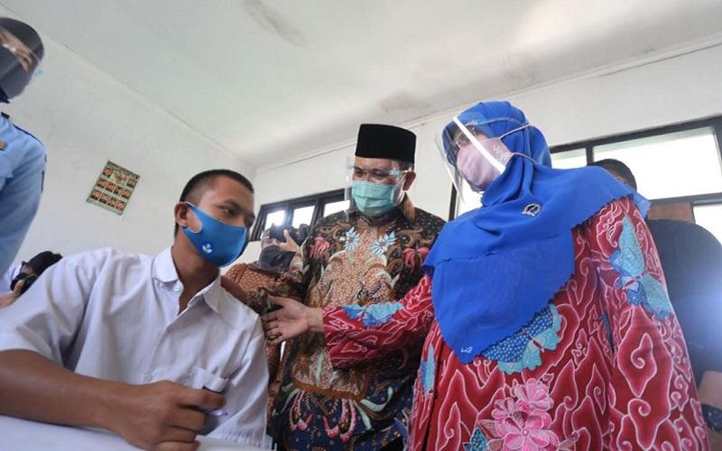 Wali Kota Bandung Oded M. Danial saat mengunjungi Lembaga Pemasyarakatan Khusus Anak (LPKA) - Istimewa
