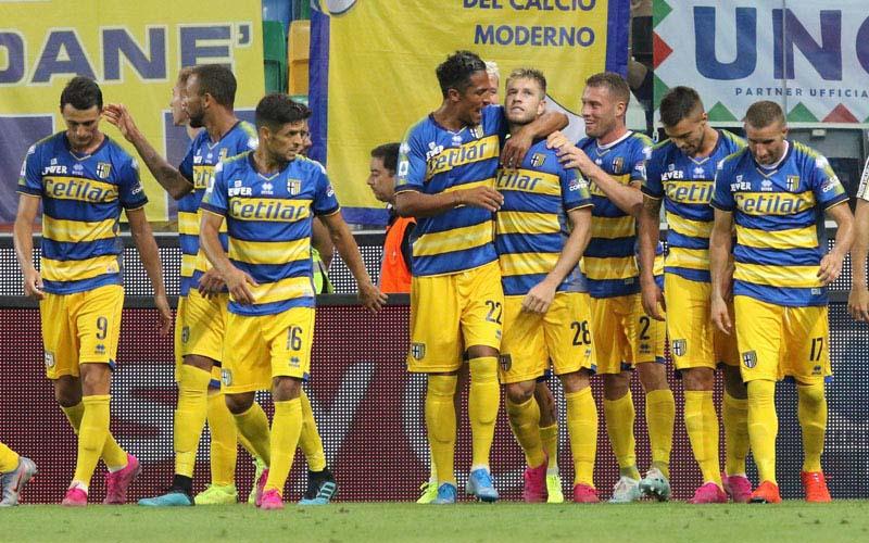 Para pemain klub Serie A Italia Parma - Labaroviola