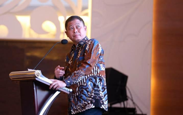 Ignasius Jonan sewaktu menjabat sebagai Menteri ESDM, sedang memberikan kata sambutan pada pembukaan 2nd International Conference of Occupational Health and Safety, di Jakarta,  Kamis (25/4/2019). - Bisnis/Nurul Hidayat