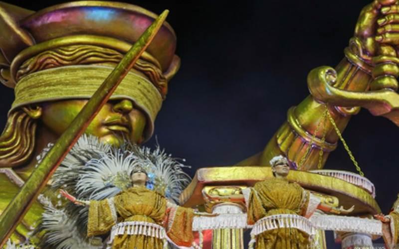 Ilustrasi-Peserta karnaval dari sekolah samba Mancha Verde tampil pada malam pertama parade Carnival di Sambadrome, Sao Paulo, Brazil, Sabtu (22/2/2020)./ANTARA - REUTERS/Amanda Perobelli