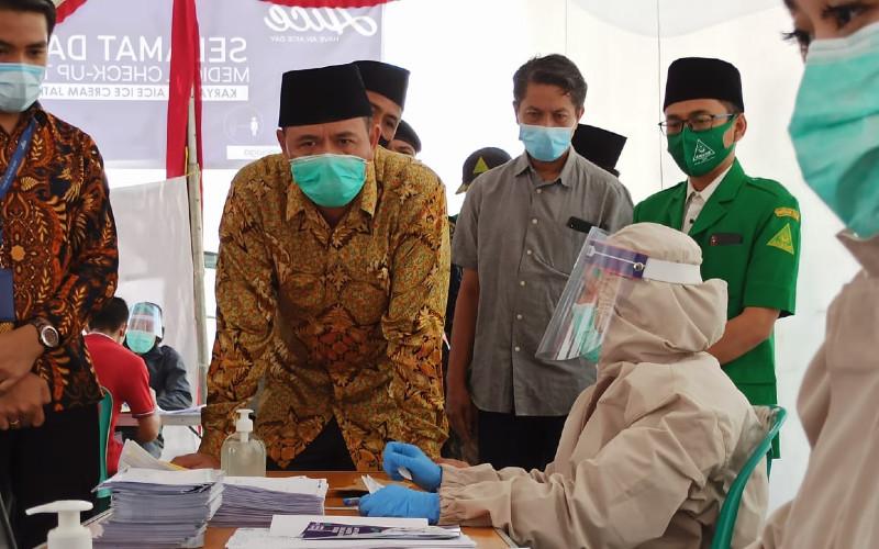 Upaya bersama swasta, pemerintah dan seluruh elemen masyarakat dalam sinergi melalui kegiatan pencegahan akan mengurangi peluang ledakan penyebaran virus ini di Indonesia.  - GP Ansor