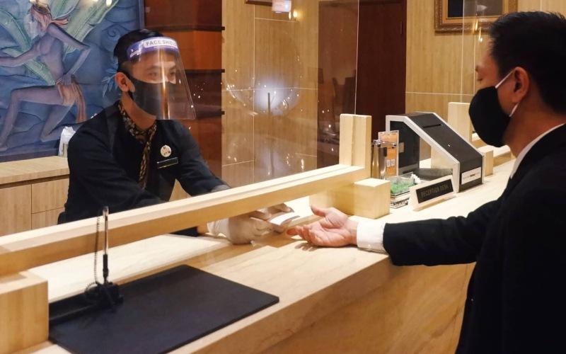 Grand Candi Hotel Semarang menawarkan promo 'New Normal Best Deal', yakni paket menginap 4 hari 3 malam yang dibanderol dengan harga Rp1,2 juta net untuk room only. (Foto: Istimewa)