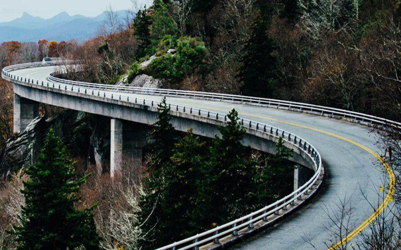 Jalan tol Balikpapan--Samarinda sepanjang 99,35 km ini menghubungkan dua kota terbesar di Kalimantan Timur, yakni Balikpapan dan Samarinda. - Kementerian PUPR