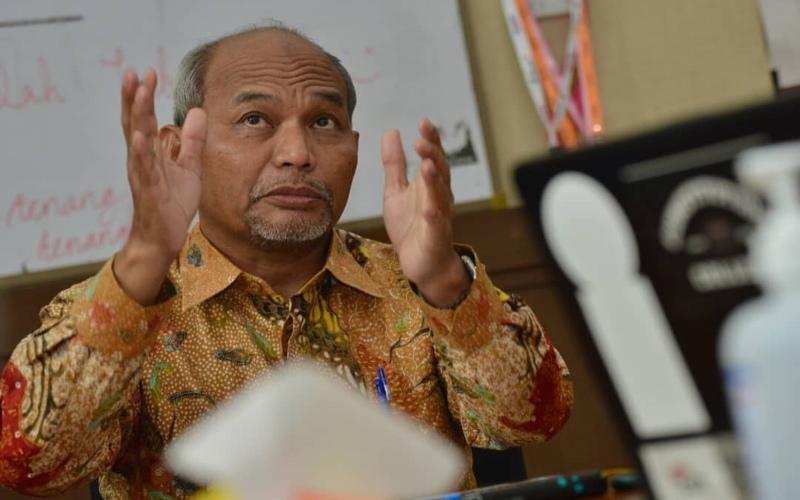 Sekretaris Jenderal Dewan Energi Nasional Djoko Siswanto memaparkan proses penjaringan delapan Anggota DEN 2010 - 2025 -  Istimewa / ESDM