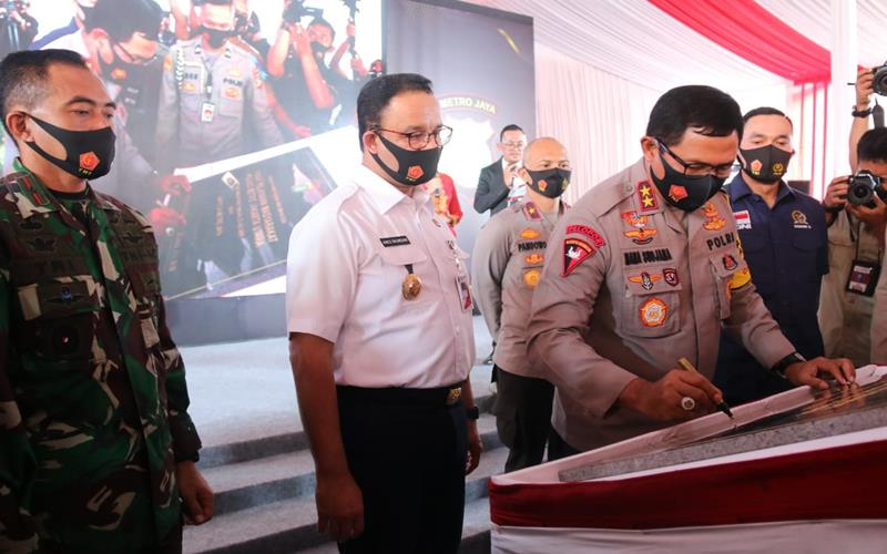 Gubernur DKI Jakarta Anies Baswedan bersama jajaran Forkopimda meluncurkan  aplikasi Jakarta Utara Sehad di Kantor Polres Jakarta Utara pada Kamis (23/7/2020). - Istimewa