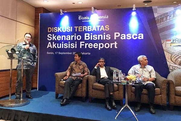 Ilustrasi - Irwandy Arif, Ketua Indonesia Mining Institute, menyampaikan paparan dalam diskusi terbatas Skenario Bisnis Pasca Akuisisi Freeport yang dipandu Pemimpin Redaksi Bisnis Indonesia Hery Trianto, di Jakarta, Senin (17/9/2018). - JIBI/Arif Budisusilo