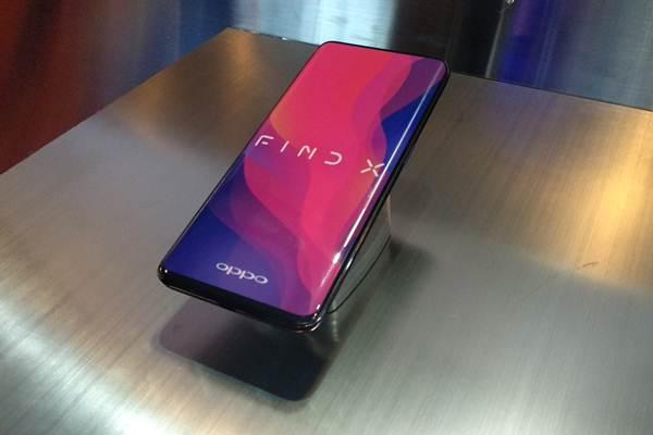 Ponsel Oppo Find X, produk premium Oppo dengan kamera tersembunyi, yang dipasarkan di Indonesia