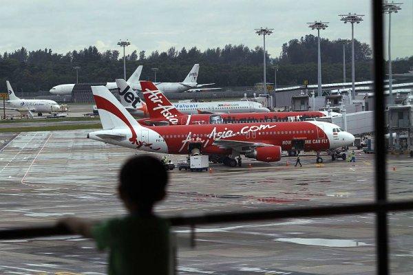 Ilustrasi pesawat AirAsia.  - Dok. Reuters