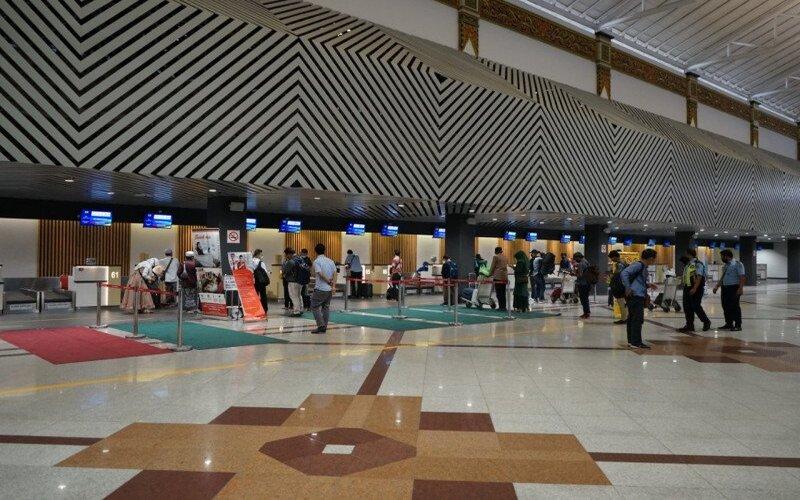 Salah satu layanan di Bandara Internasional Juanda Surabaya. - Antara/Angkasa Pura I