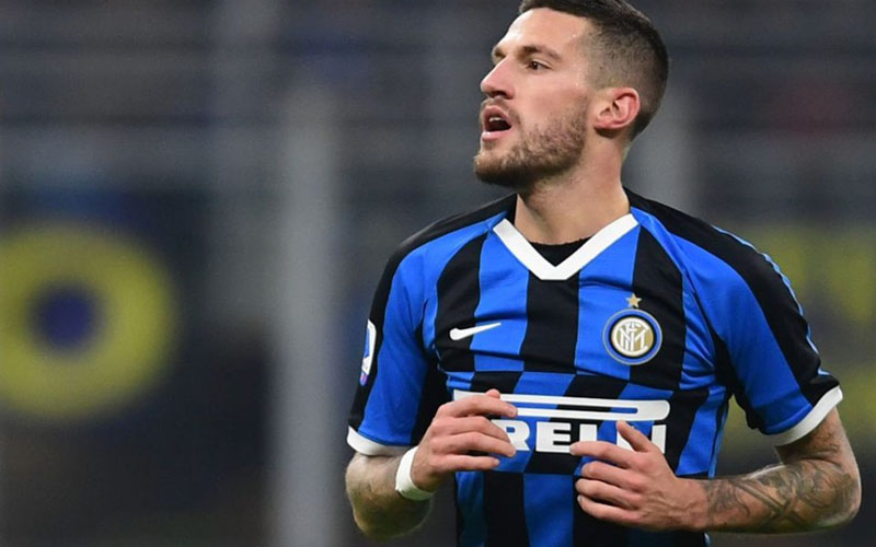 Pemain belakang Inter Milan Cristiano Biraghi - Sempre Inter