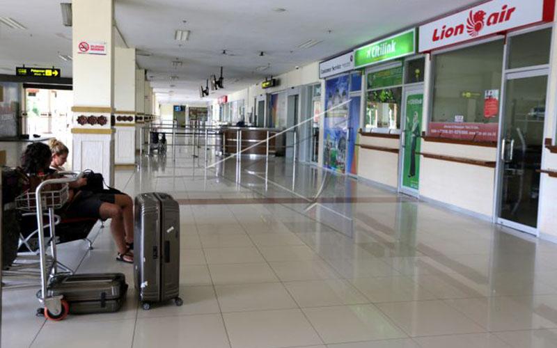 Bandara Sultan Iskandar Muda di Aceh. - Antara