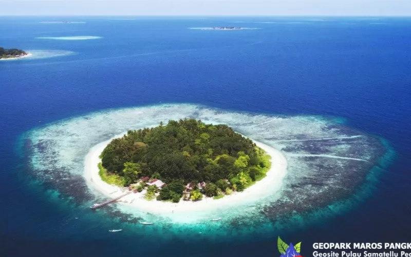 Geopark Maros Pangkep - Antara