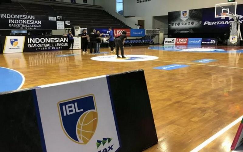 Kompetisi bola basket Indonesia (IBL) - Antara
