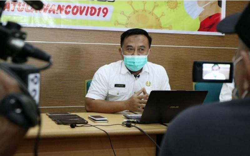 Kadis Kesehatan Kota Pontianak, Sidiq Handanu menyatakan, pasien positif Covid-19 berinisial Is (42) asal Jombang, Jatim saat ini dirawat di Rumah Isolasi Kota Pontianak. - Antara