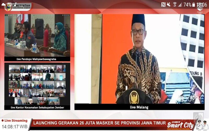 Mendagri Tito Karnavian pada Launching Gerakan 26 Juta Masker se-Provinsi Jatim oleh Mendagri Tito Karnavian di Kab. Malang, Jumat (7/8 - 2020).