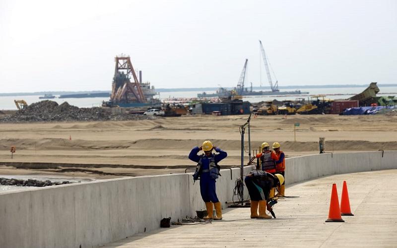 Pengerjaan proyek Pelabuhan Patimban