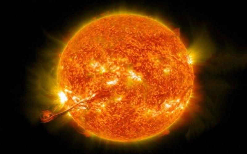 Roket NASA Temukan Struktur Helium di Atmosfer Mat