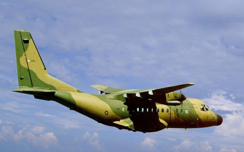 Ilustrasi - Pesawat CN-235 buatan PT Dirgantara Indonesia atau dulu dikenal dengan nama IPTN - Dok. indonesian/aerospace.