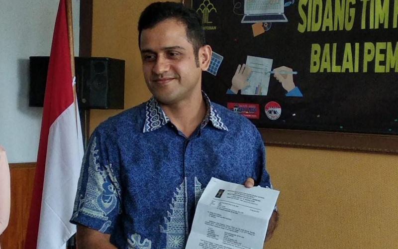Nazaruddin datang langsung mengambil surat menjalani masa cuti menjelang bebas dari Bapas Sukamiskin - Bisnis/Dea Andriyawan