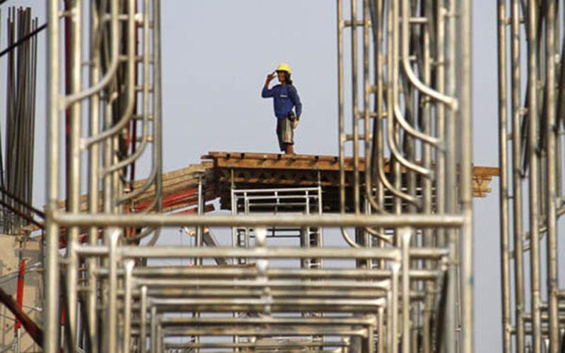 Ilustrasi kegiatan konstruksi. Konsultan berperan penting dalam setiap kegiatan konstruksi properti ataupun infrastruktur. - Reuters
