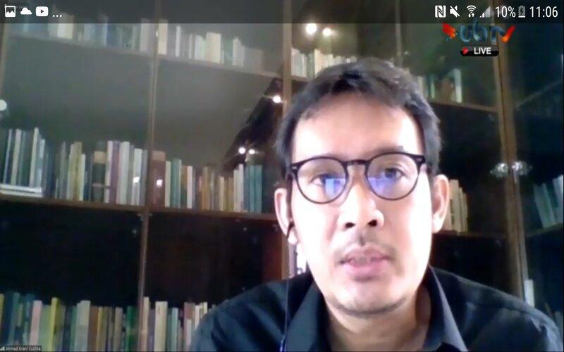 Guru Besar Fakultas Ekonomi dan Bisnis Universitas Brawijaya Prof Ahmad Erani Yustika pada Webinar Pemulihan Ekonomi dan Ketahanan Sektor Keuangan Fakultas Ekonomi dan Bisnis Universitas Brawijaya, Jumat (14/8 - 2020).