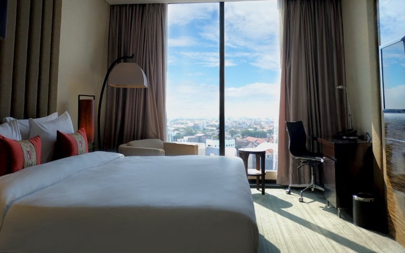 PO Hotel Semarang menawarkan promo
