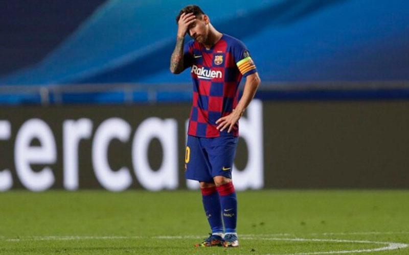 Pemain Barcelona Lionel Messi setelah timnya dihabisi Bayern Munchen 2-8 di Liga Champions. - UEFA.com