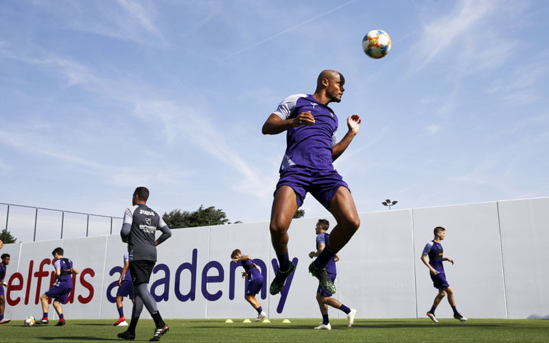 Vincent Kompany berlatih bersama Anderlecht. - rsca.be
