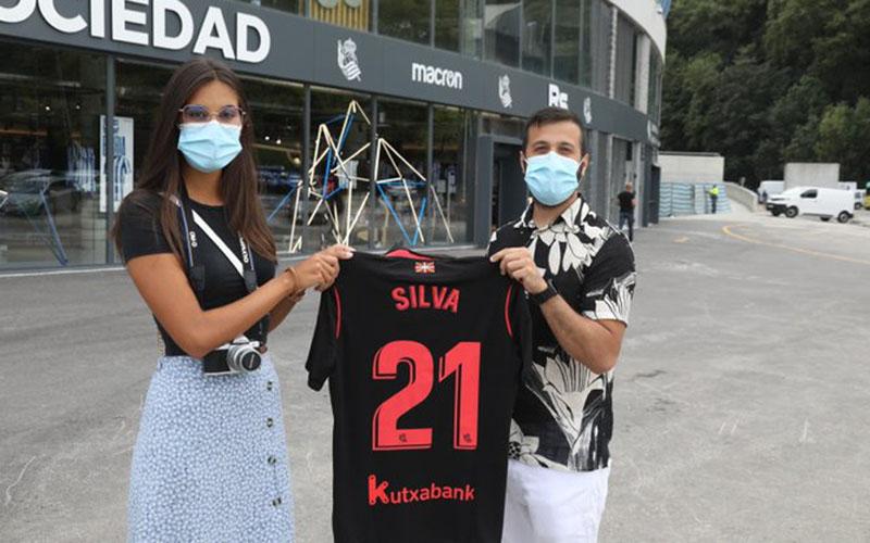 Jersey David Silva mulai diburu fan Real Sociedad. - Twitter@RealSociedadEN