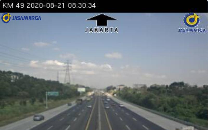 Suasana Tol Jakarta/Cikampek di kilometer 49