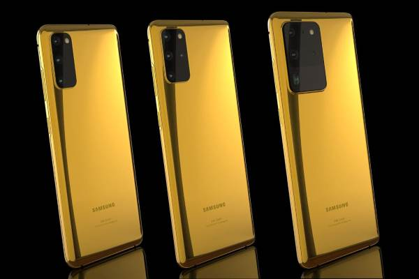 Samsung Galaxy S20 berlapis emas - istimewa