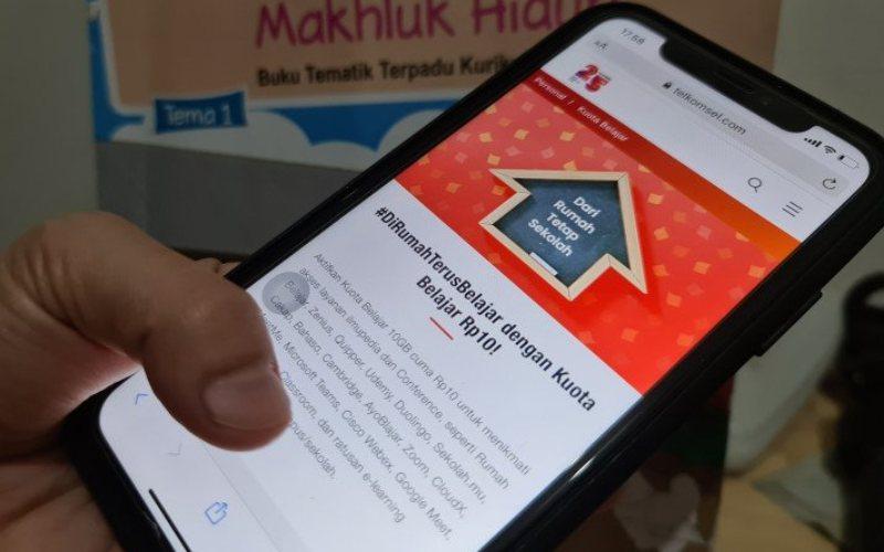 Telkomsel meluncurkan paket Kuota Belajar 10GB senilai Rp 10 yang memberikan keunggulan dari gabungan dua paket yaitu Paket Ilmupedia dan Conference. (HO - Telkomsel)