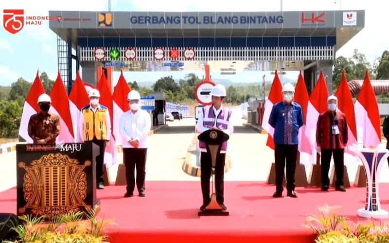 Presiden menyampaikan sambutan saat peresmian jalan tol Sigli--Banda Aceh Seksi 4 (Indrapuri--Blang Bintang) sepanjang 14 kilometer, Selasa (25/8/2020). - Youtube
