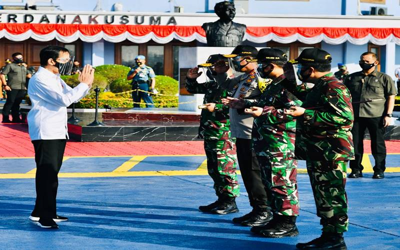 Presiden Joko Widodo, Selasa (25/8/), melakukan kunjungan kerja sehari ke Provinsi Aceh. Presiden dan rombongan terbatas bertolak menuju Aceh dari Pangkalan TNI AU Halim Perdanakusuma, Jakarta, dengan menggunakan Pesawat Kepresidenan Indonesia-1 - Istimewa