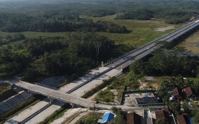 Jalan tol Balikpapan-Samarinda (Balsam) di Kalimantan Timur. - Jasa Marga