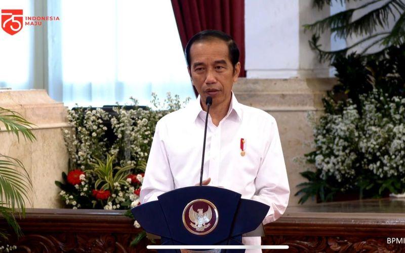 Presiden Joko Widodo (Jokowi) secara resmi meluncurkan program subsidi gaji untuk pekerja dengan upah kurang dari Rp5 juta dari Istana Merdeka, Jakarta, Kamis (27/8 - 2020) / Youtube Sekretariat Presiden