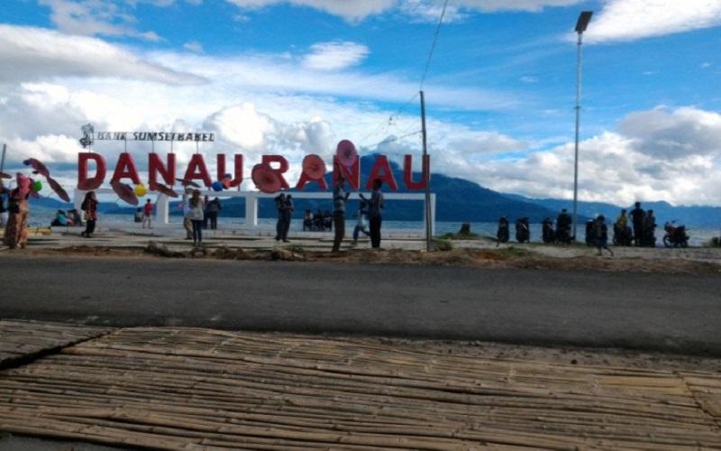 Danau Ranau, Sumatra Selatan - Antara