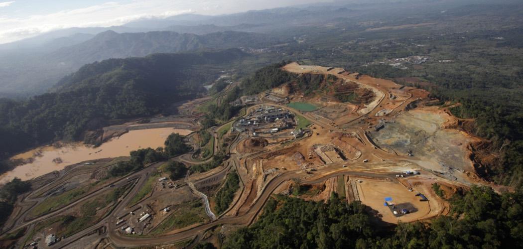 Tambang emas Martabe di Batang Toru, Sumatra Utara, Rabu (13/2/2013). - Bloomberg/Dadang Tri