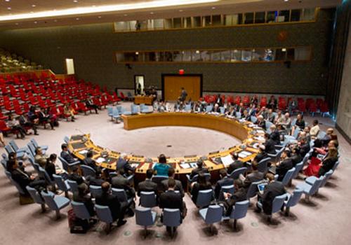 Dewan Keamanan dengan suara bulat mengadopsi resolusi tentang menjaga dan menghancurkan persediaan senjata kimia Suriah. (27/9/2013)  - un.org