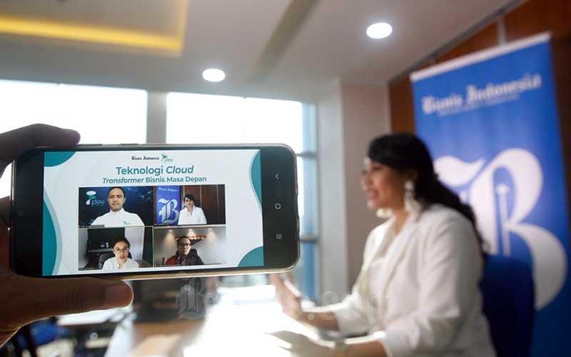 Bisnis Indonesia kembali menggelar Webinar, kali ini diskusi virtual tersebut mengangkat tema ransformasi digital di Indonesia terutama teknologi cloud. Acara yang digelar dari hasil kerja sama antara Bisnis Indonesia dengan Flou Cloud tersebut bertajuk Teknologi Cloud, Transformer Bisnis Masa Depan.