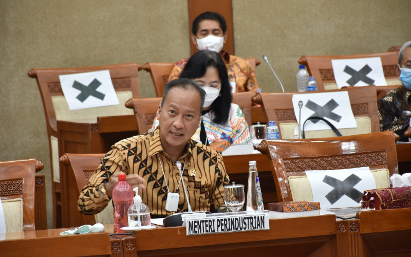 Menteri Perindustrian (Menperin) Agus Gumiwang pada rapat kerja dengan Komisi VI DPR RI untuk Pembahasan Laporan Keuangan Pemerintah Pusat Tahun 2019 dan Realisasi Anggaran Tahun 2020, di Jakarta, Kamis (27/8/2020).  - KEMENPERIN
