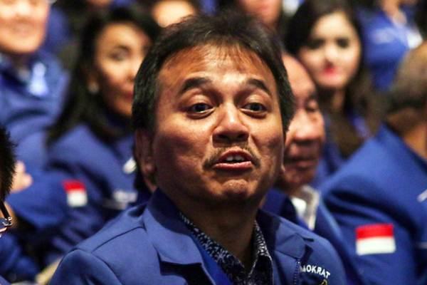 Politikus Partai Demokrat Roy Suryo menghadiri acara HUT Ke-17 Partai Demokrat di Jakarta, Senin (17/9). Acara itu menggagas tema