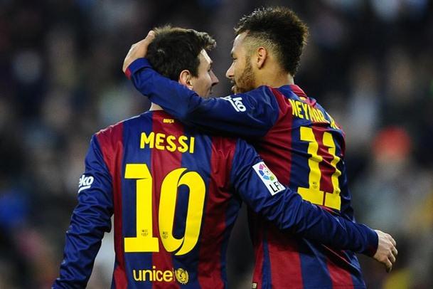 Lionel Messi dan Neymar ketika masih bersama di Barcelona. - Bleacher Report