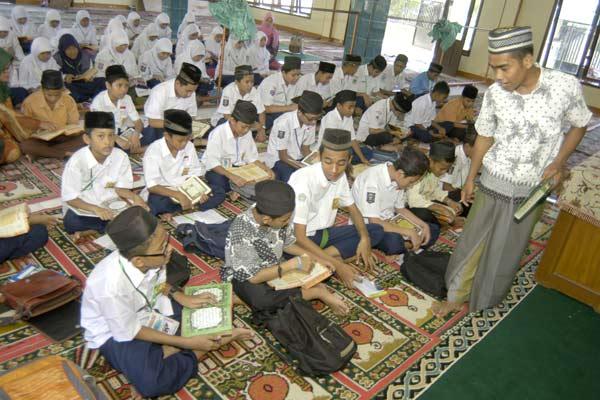 Pesantren Ramadan.  - Antara