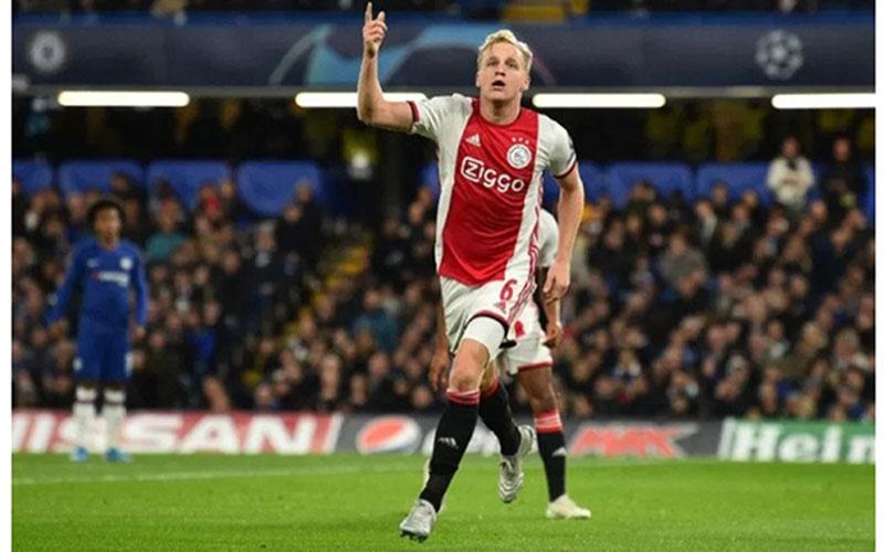 Pemain Ajax Amsterdam Donny van de Beek./Antara - AFP